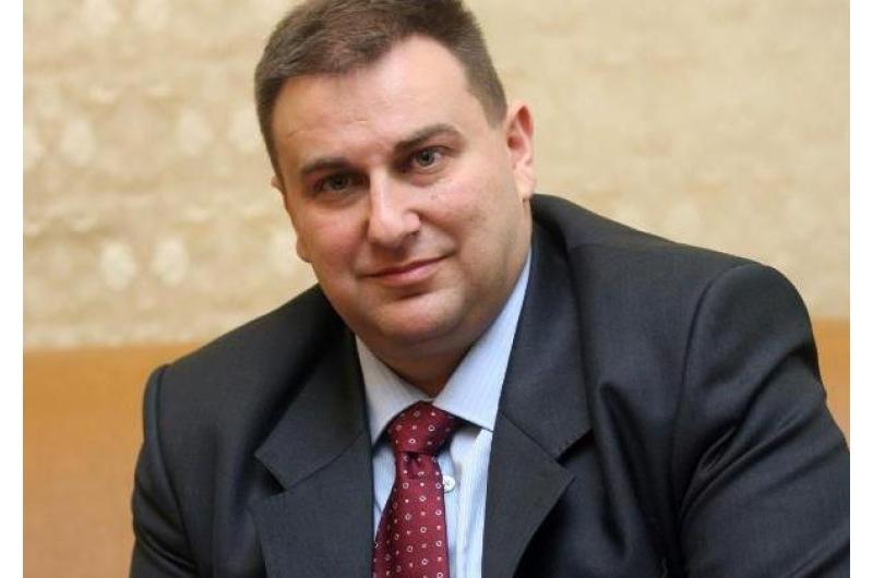 Емил Радев: Странно е ЧЕЗ да е предлагала държавно участие