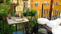 Вижте малки балкони, на които ще се почувствате като в Рая