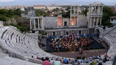 """Програма """"На бис!"""" на Античния театър през август и септември"""