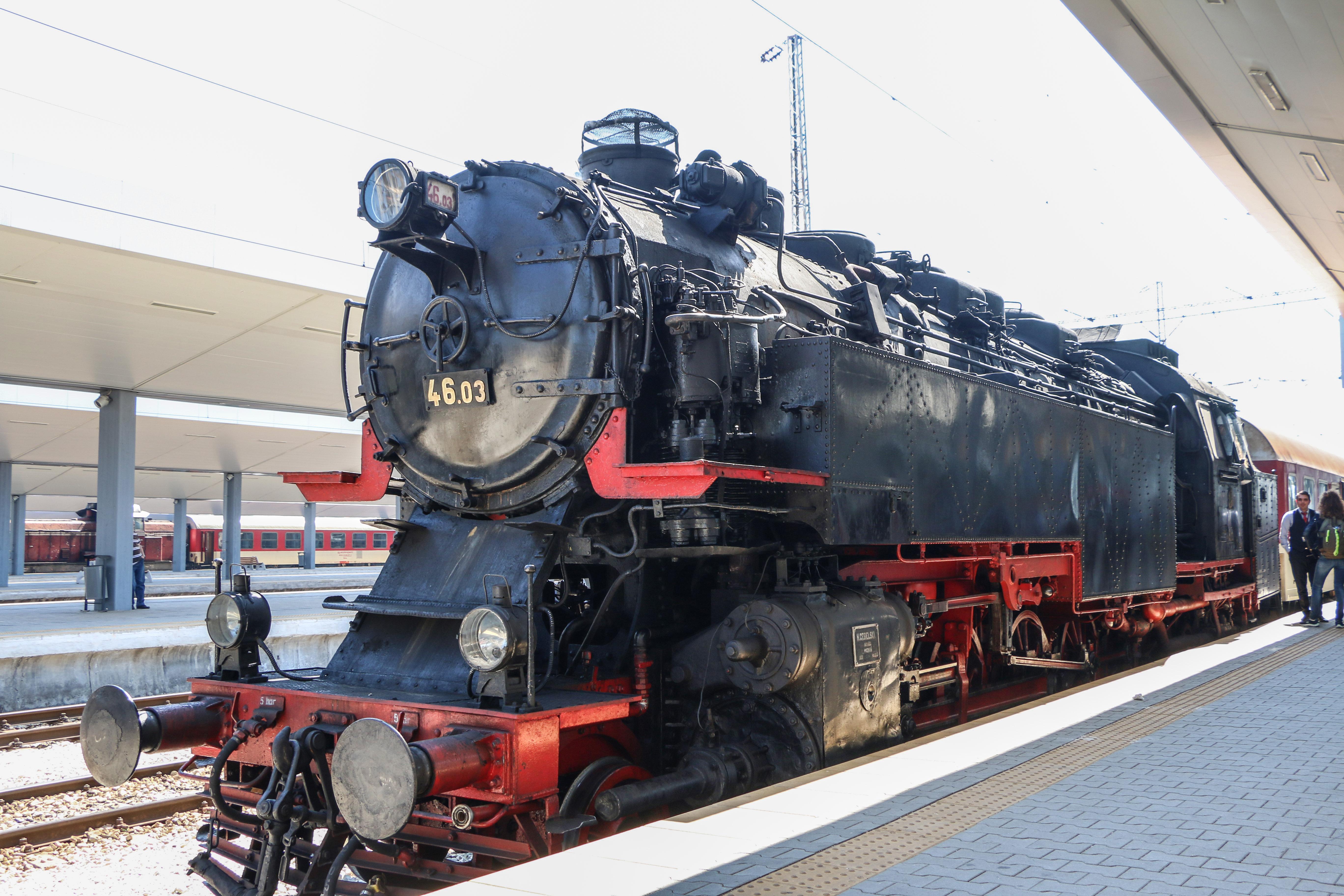 Германци си наеха парен локомотив за разходка из България