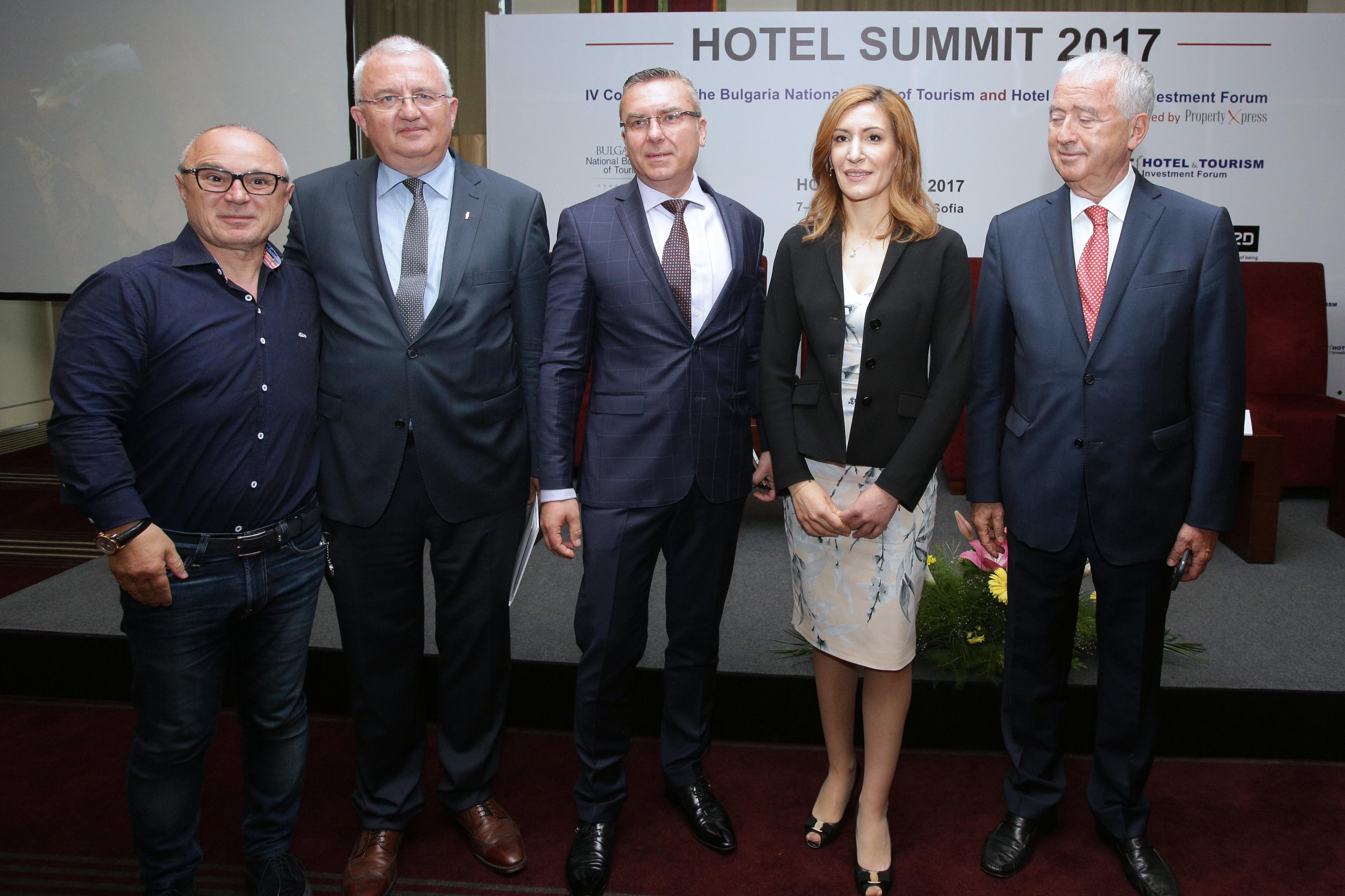 Ангелкова: Чужденците трябва да спазват закона