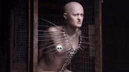 """""""Ужасният"""" модел Мелани Гайдос се бори с """"расизма"""" в модата"""