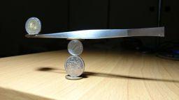 Вижте нереални конструкции от монети