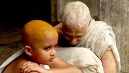 """""""Белите вдовици"""" - историята на една жестока традиция"""