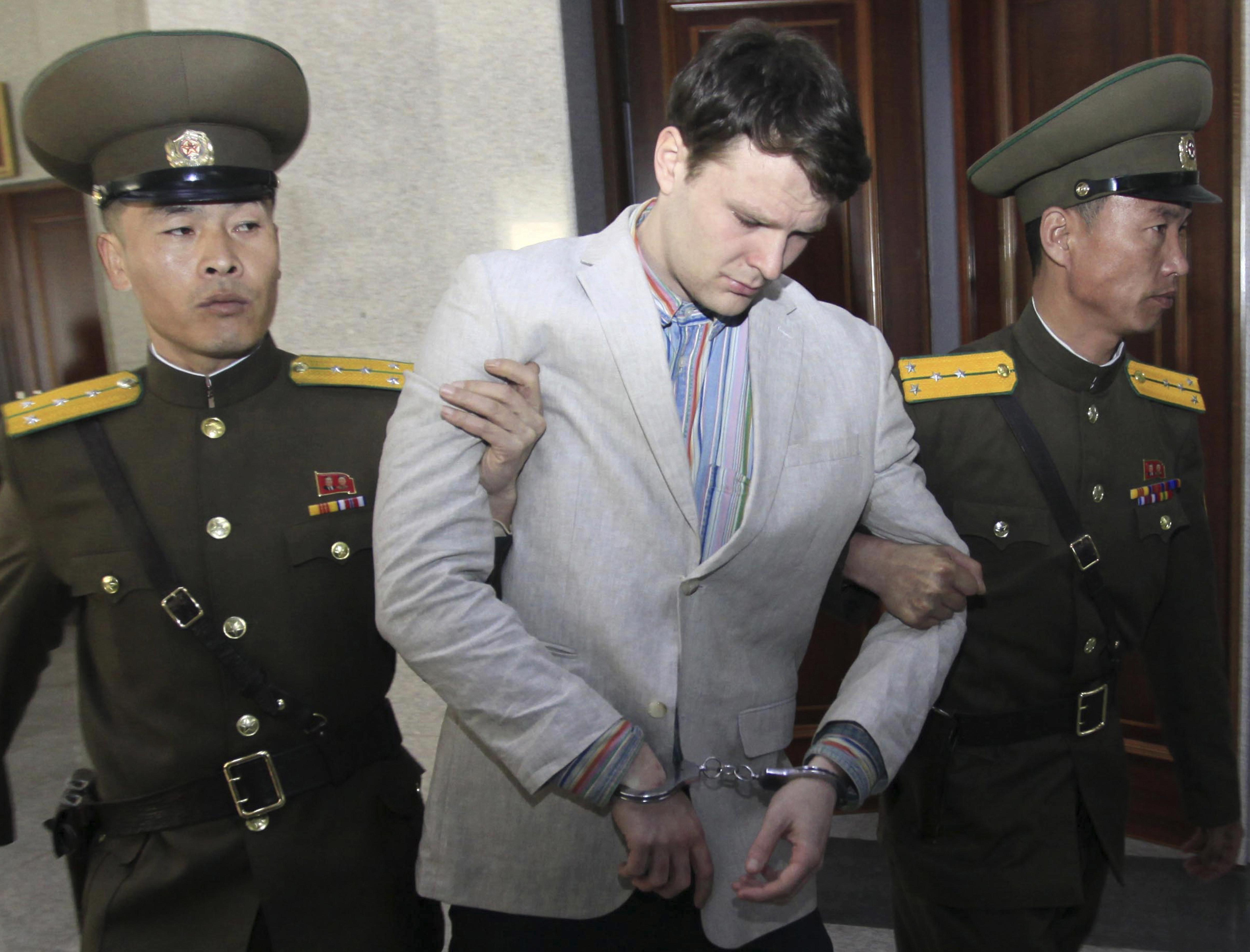 Тръмп обвини Пхенян в мъчения на покоeн американски студент