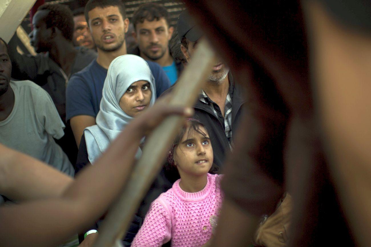 Заловиха нелегални мигранти след преследване