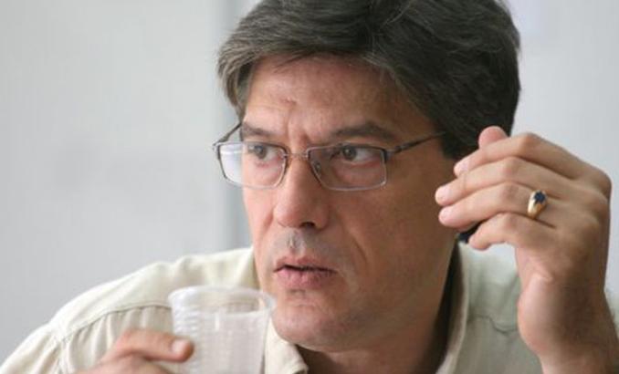 Антоний Гълъбов: Радев има затруднения с екипа си