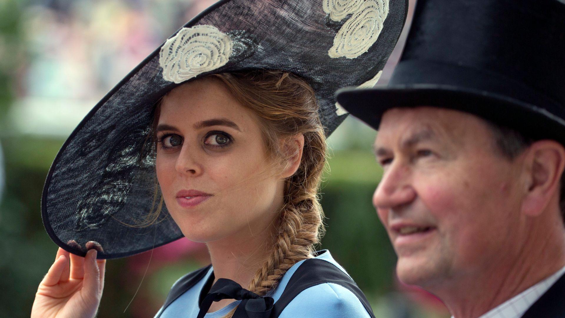 Принцеса Беатрис срещнала любовта на сватбата на сестра си