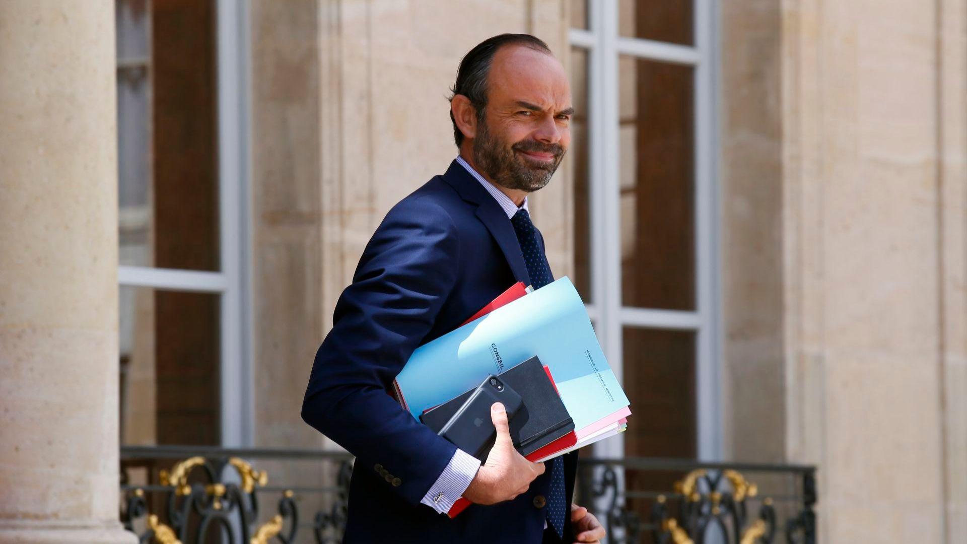 Френският премиер Едуар Филип (на снимката) се срещна днес с