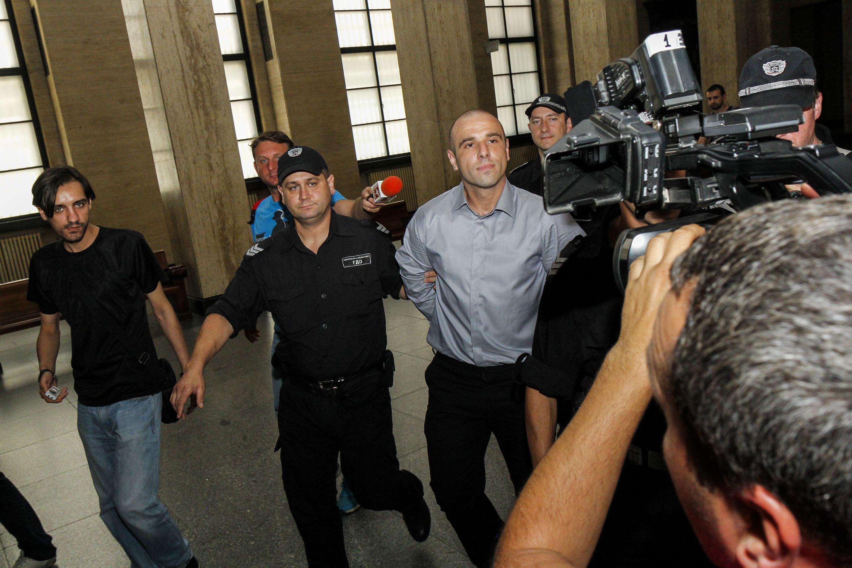 25 години затвор за убиеца на Виола