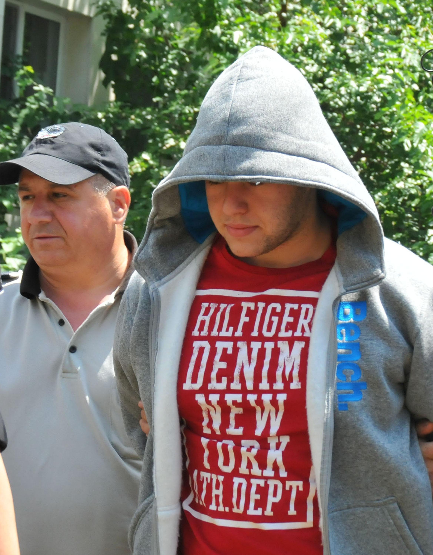 Съдът освободи нападналия незрящи туристи в Несебър