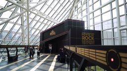 """""""Мощта на рока"""" в музея на Залата на славата на рокендрола"""