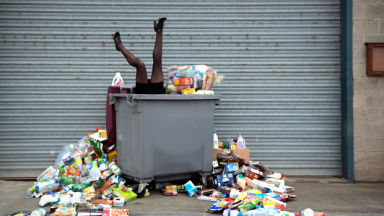 Антоан Репес четири години не изхвърля боклука си заради фотосесия