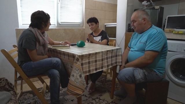 Семейство остава на улицата заради обиден кмет