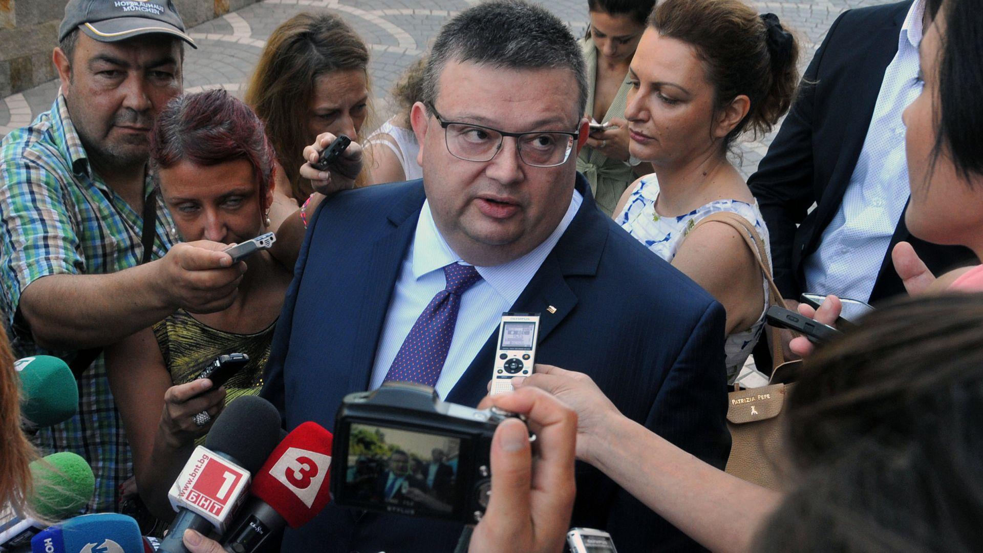 Главният прокурор Сотир Цацаров направи предложение за отмяна на българското