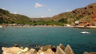 Слагат спасители на пет плажа без охрана