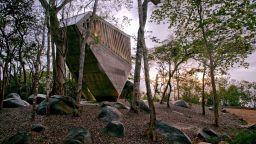 Необикновената църква на Акапулко Хилс