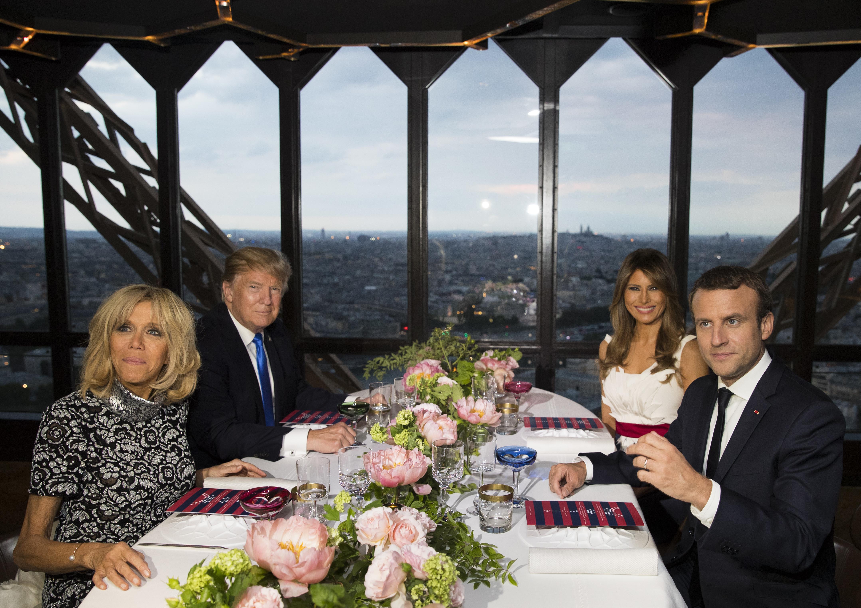 Семействата Тръмп и Макрон вечеряха на Айфеловата кула