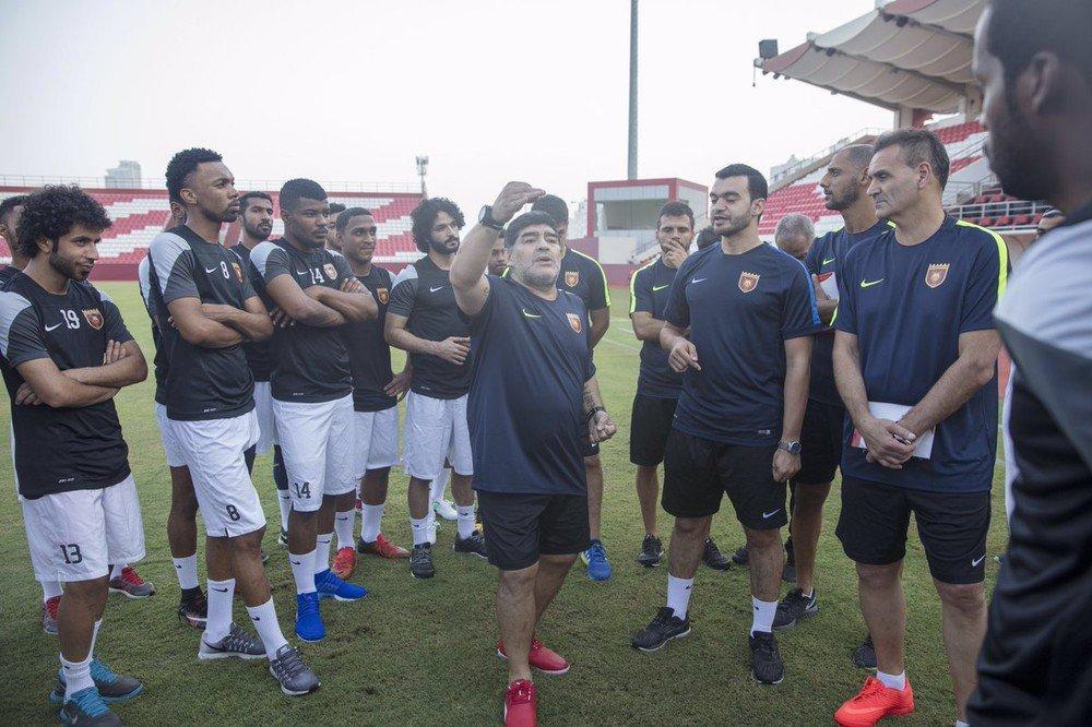 Първи работен ден за Марадона след 5 години