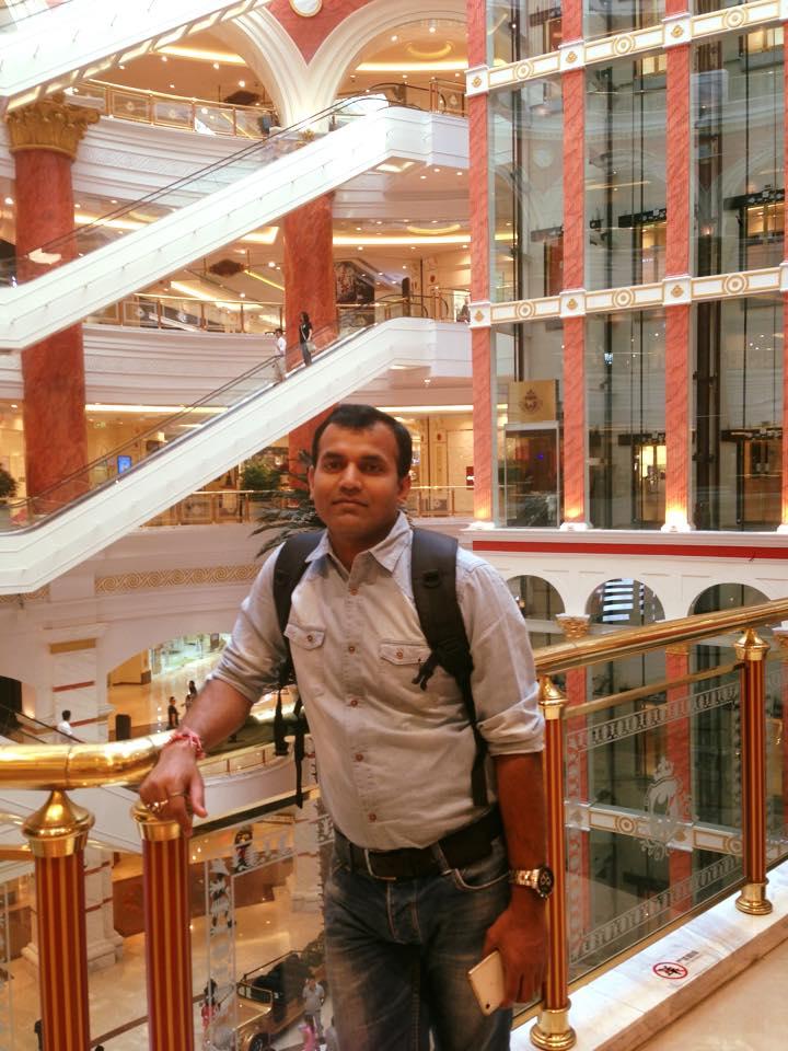 Кабини за дрямка на мъже в мол, докато жените пазаруват