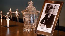 САЩ разкриват нови данни за убийството на президента Кенеди