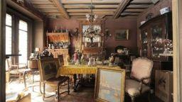 Открили апартамент в Париж, в който не е стъпвал човешки крак цели 70 години