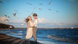 Възрастна двойка стана модел на романтичната любов