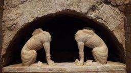 Чия е гробницата при Амфиполис? - На Александър Македонски, или на любимеца му Хефестион?
