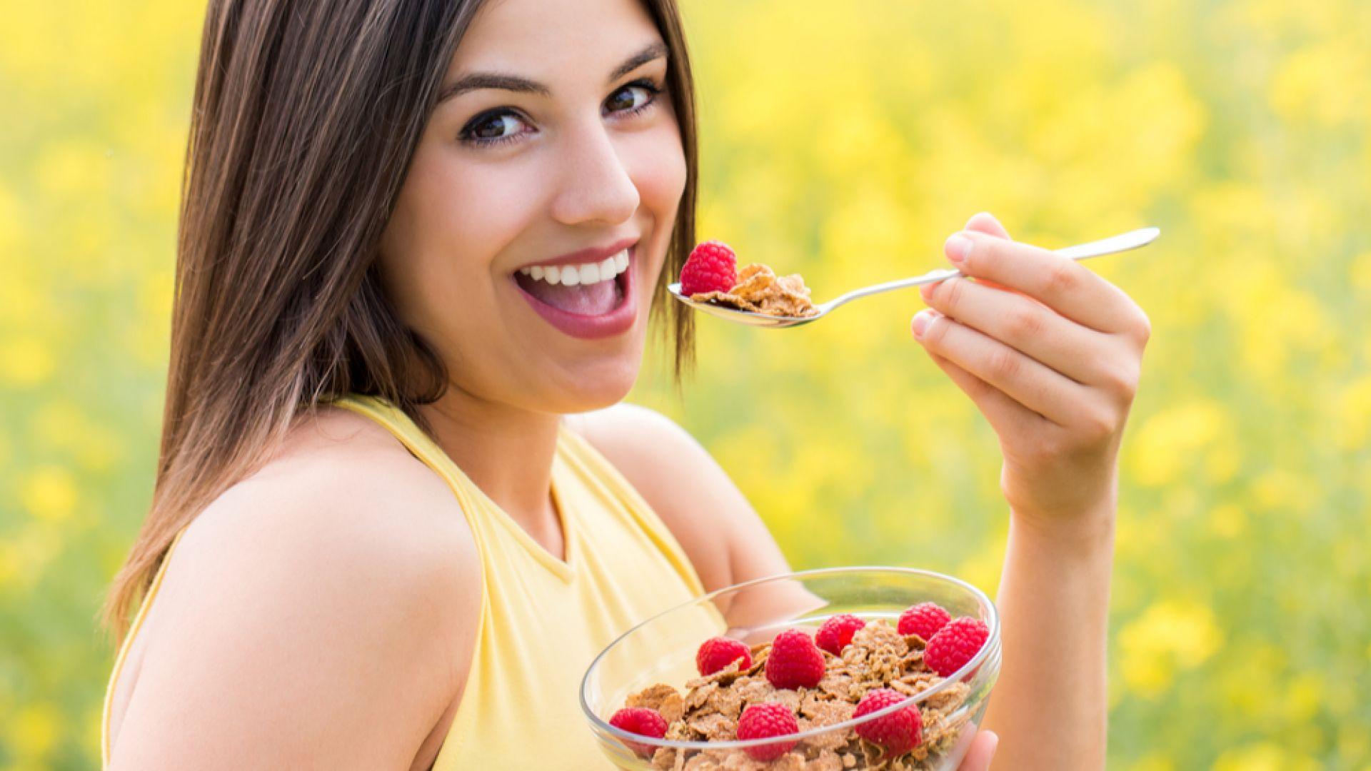 Хората, които не пропускат закуската и не се застояват пред телевизора, са с по-здрави сърца