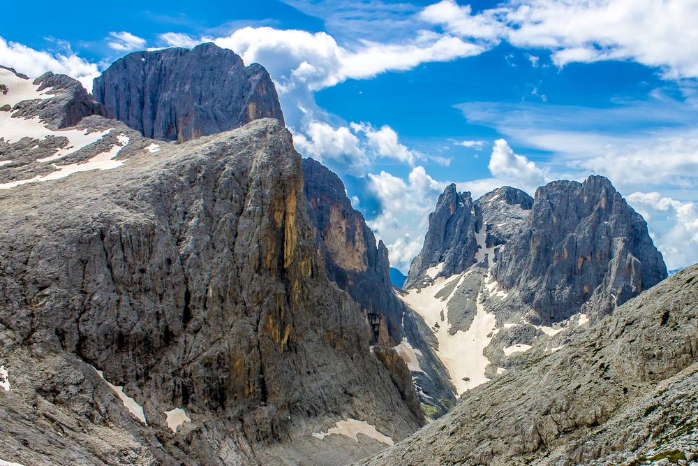 Алпийските ледници се топят и разкриват замръзнали трупове