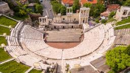 Виенски валсове на Щраус ще звучат на сцената на Античния театър