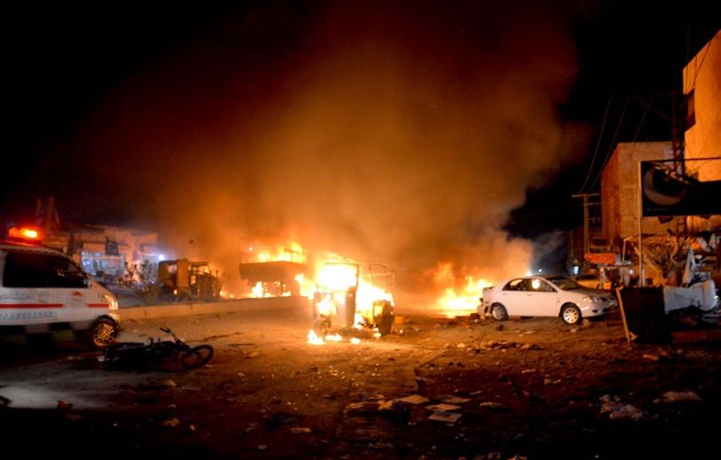 Най-малко 15 загинали и 32 ранени при атентат