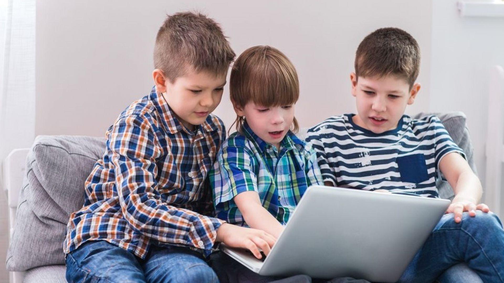 """От 3 клас вече ще учат """"компютърно моделиране"""""""