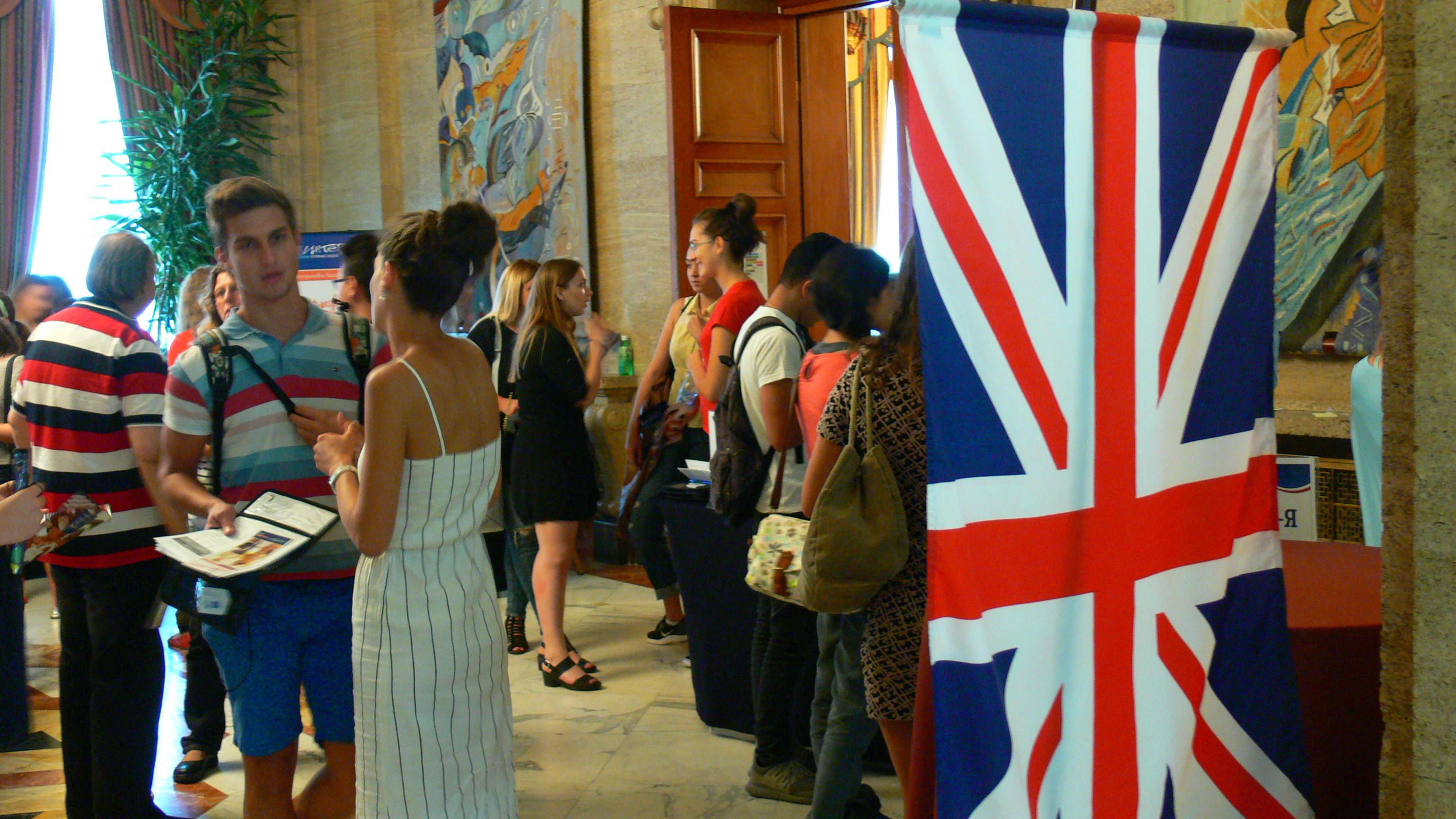 Наплив от български първокурсници в британски университети
