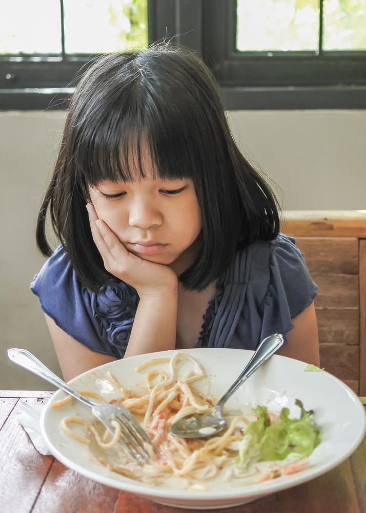 Как учителите могат да предпазят децата от анорексията