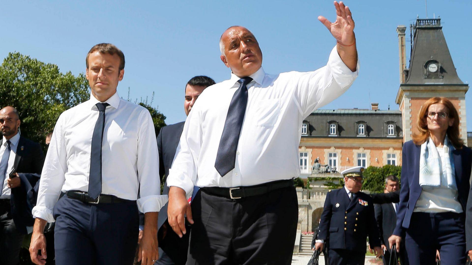 Макрон се обадил на Борисов, не бил критикувал българи