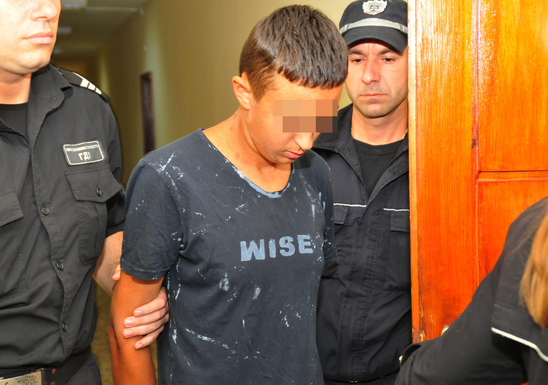15-годишният Иван, заклал Никол в асансьора, е вменяем