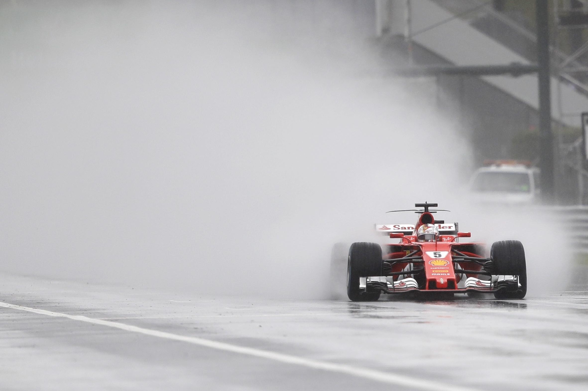 """Президентът на """"Ферари"""": Сезонът не е загубен"""