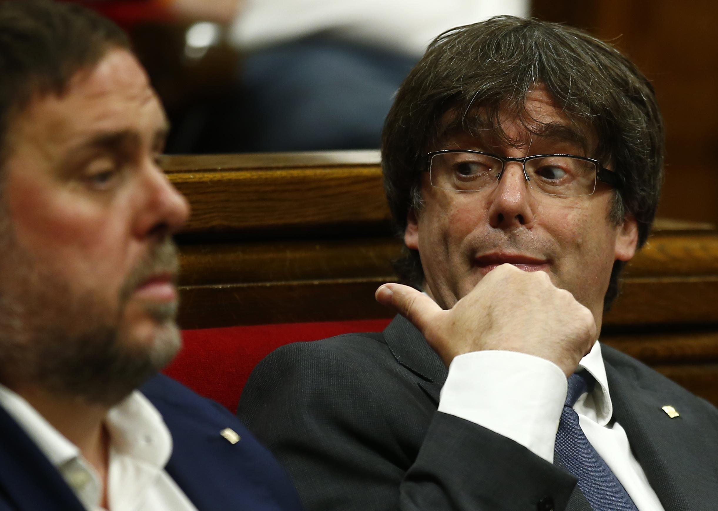 Арест грози над 700 каталунски кметове