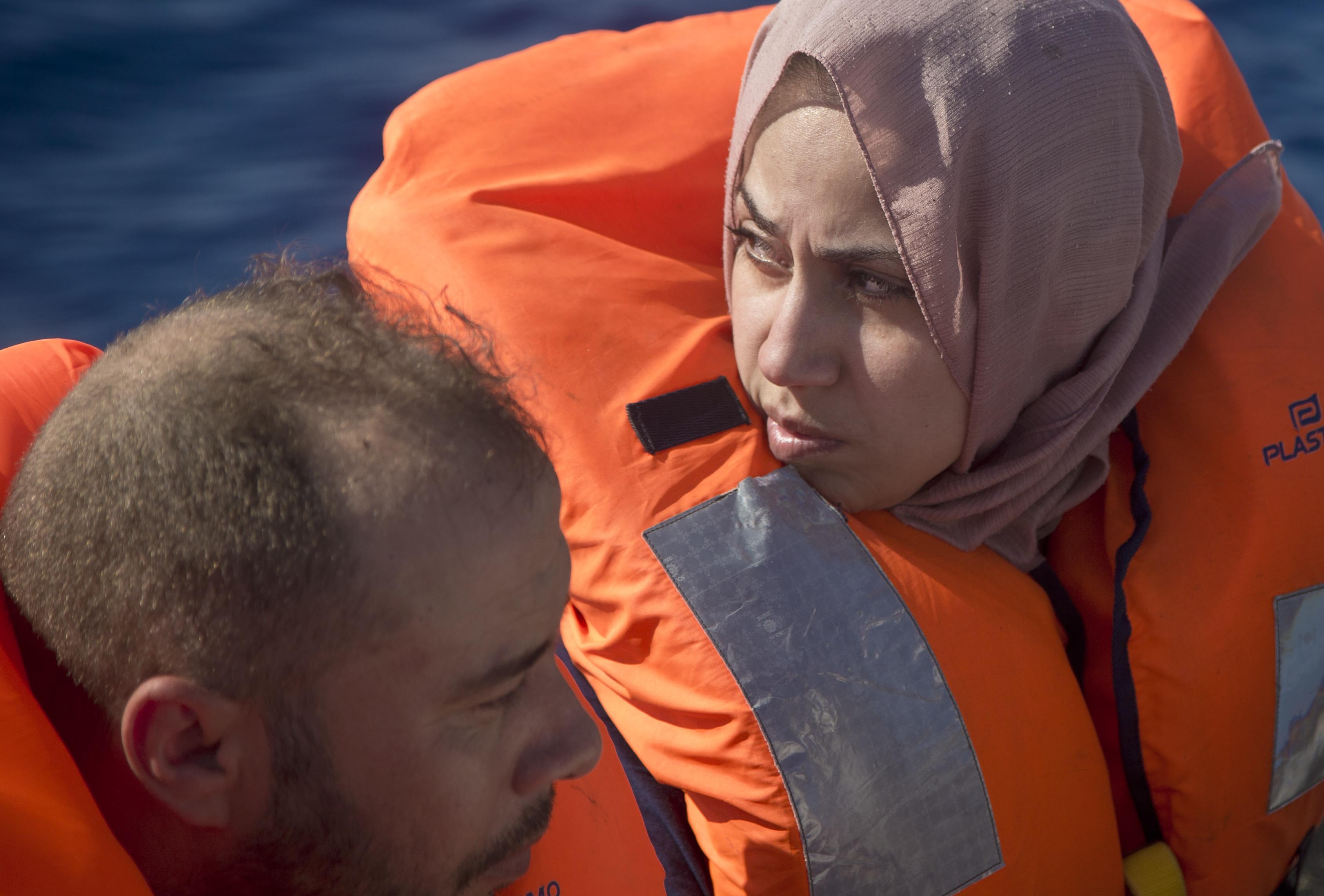 Митове и легенди за мигранската криза и избори в Италия