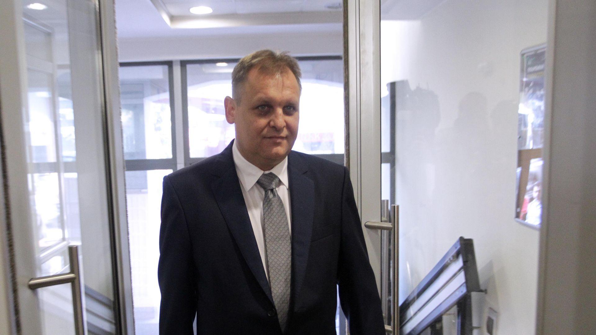 ВАС се обяви срещу три спорни решения на парламента