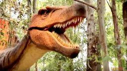 Динозаври завладяват София
