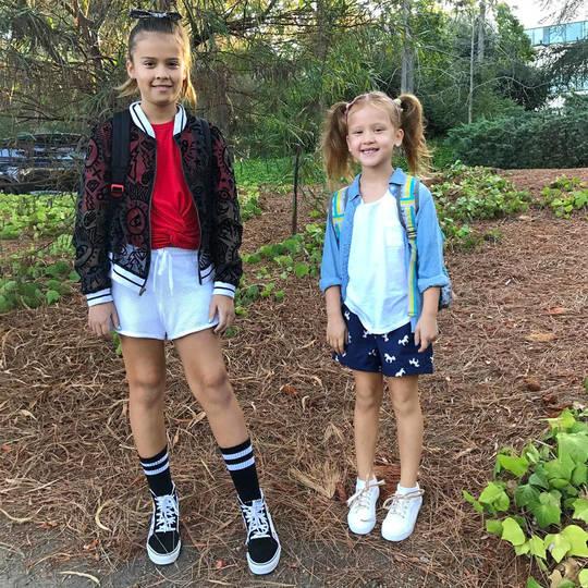 Дъщерите на Джесика Алба — в 1-ви и 4-ти клас