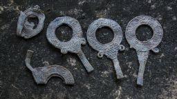 Археолози откриха огледала на близо 2000 години