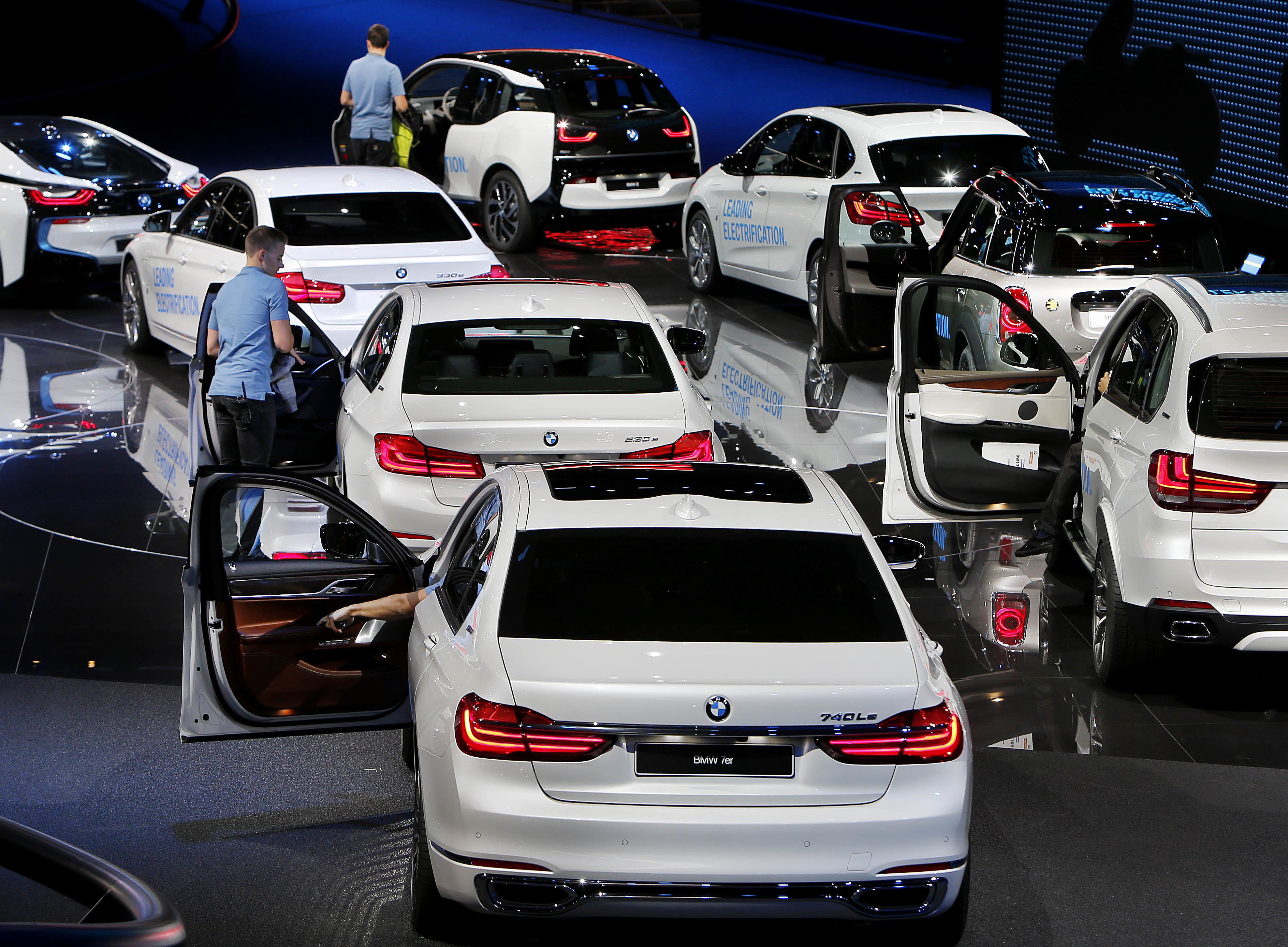 Влизат в сила нови правила при регистриране на автомобили