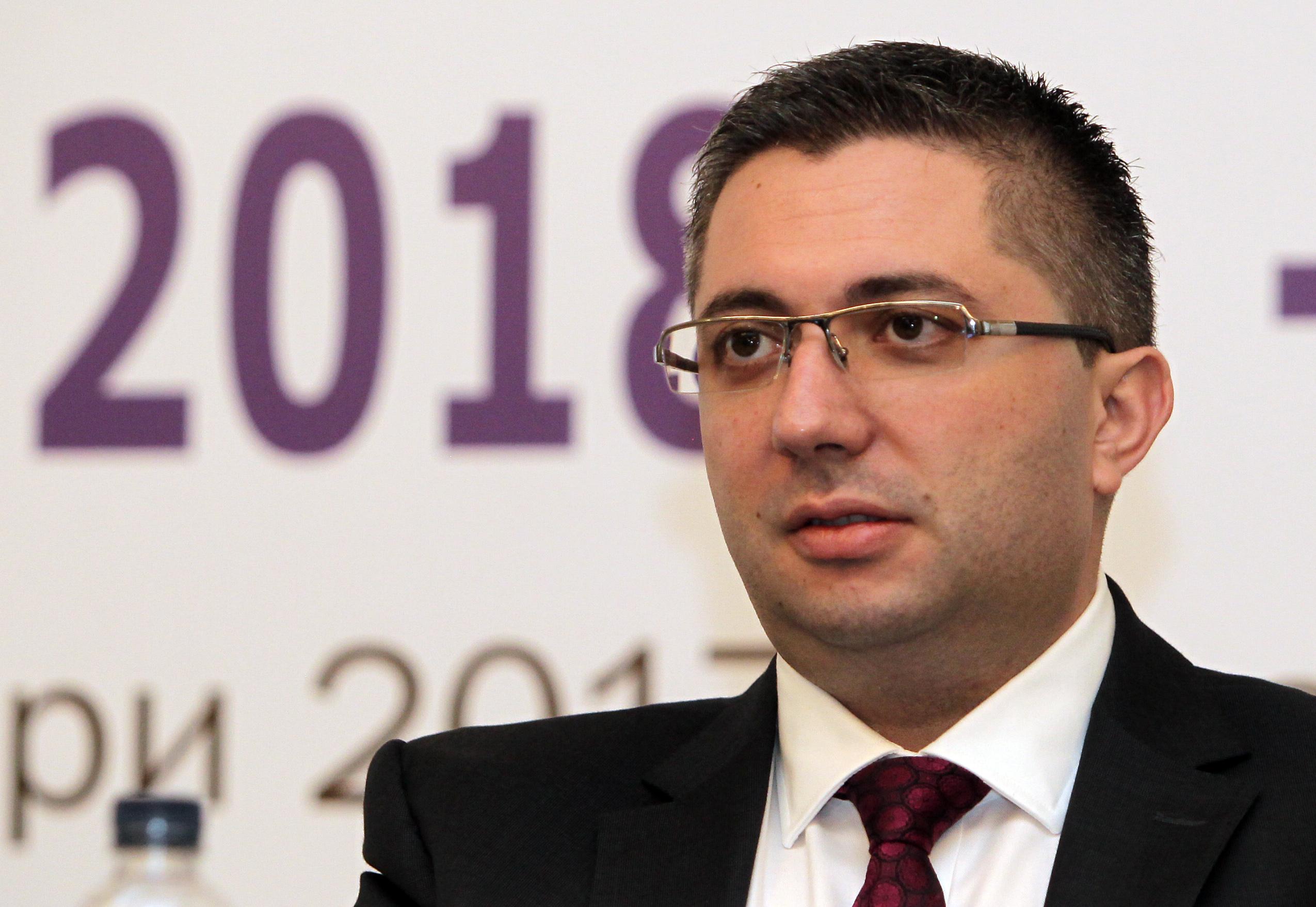 Нанков чака с 8% повече фондове за закъсалите ни региони