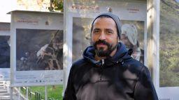 """Симон Варсано с фотографска изложба на филма """"Възвишението"""""""