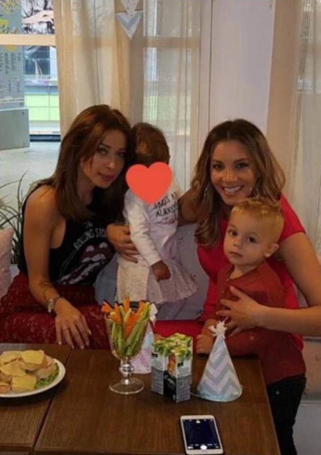 Емилия празнува РД на дъщеря си с Топузакова