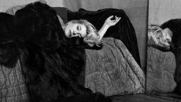 Кейт Бари - фотографът, на който знаменитите жени се доверяваха