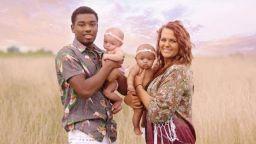 Красив уникум: Бяла майка роди междурасови близнаци, чернокожа - бели син и дъщеря